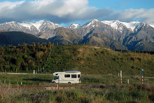 Campervan near Hapuku, Mangamaunu, about 15km north of Kaikoura.
