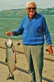 A great salmon caught a few hundred metres from the center of Dunedin.