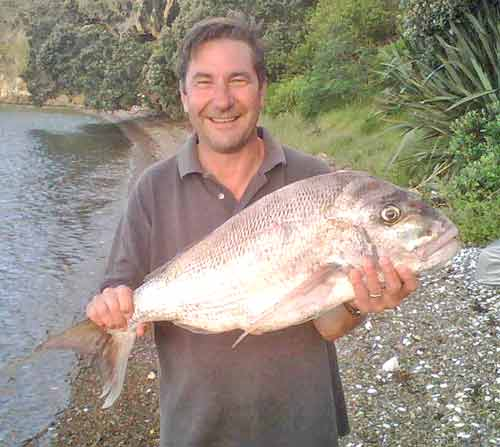Ross Blomfield with his magnificent 16 pounder,