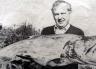 Geoff Elliott with his his 41 lb salmon: April 1984.