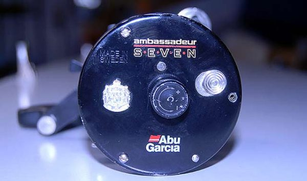 Abu Garcia Ambassadeur Seven Sprint end plate (left side).