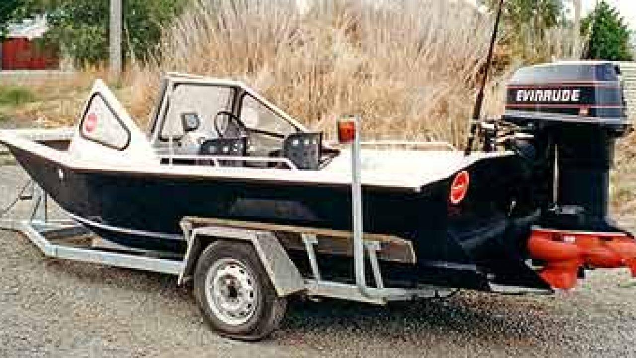 Wooldridge Jet Boat Powered by Outboard Jet Unit