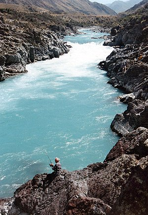 The great hole beneath the rapids on the Rangitata River. Photo courtesy of Len Isitt.