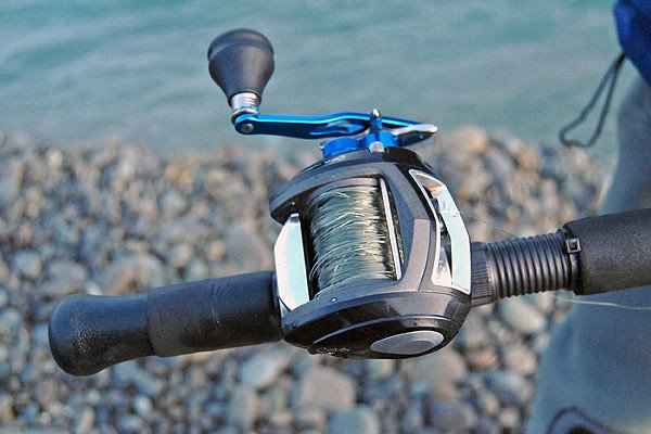 Modern Abu Revo Toro with a birds-nest. It can happen with any bait-caster reel, even to the most experienced of anglers.