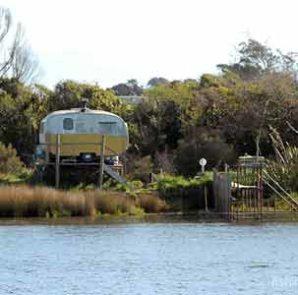 Turnbull River, South Westland, whitebaiter's caravan.