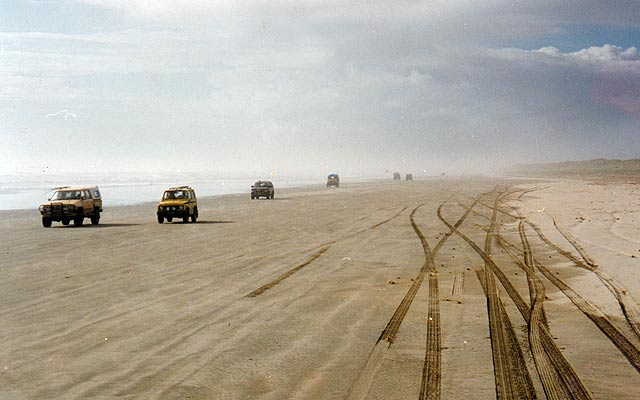 Ninety Mile Beach is a legal public road and road rules apply. Contestants on their way to the daily prize-giving.