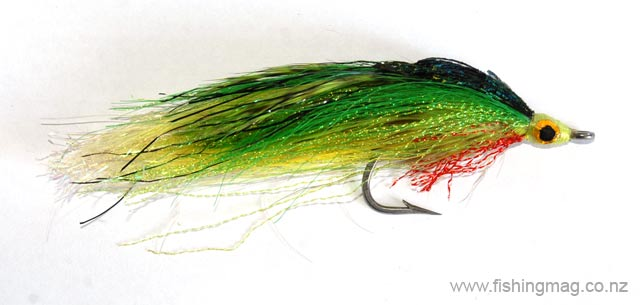 Lefty Kreh Deceiver saltwater fly green version.