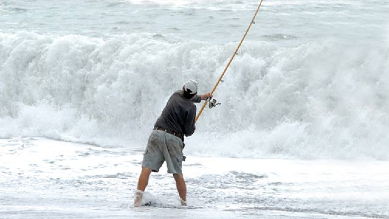 Surfcasting Tips for Beginners NZ - Tackle, baits, when