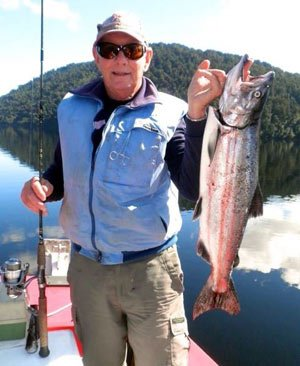 A good salmon from the West Coast's Lake Paringa. Photograph courtesy of Lake Paringa Lodge. The best salmon fishing rivers New Zealand map