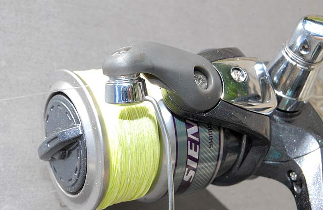 Shimano Sienna 2500FD spinning reel. Note the oversize line roller.