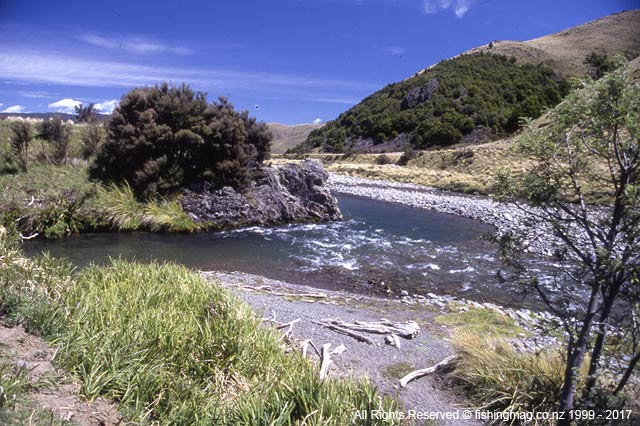 A typical glorious Canterbury high country backwater. Backwaters and Backwater Angling with Tom Frazer.