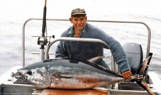 Photograph: Murray Whyte with a Southern Bluefin Tuna he caught fishing off Fiordland, New Zealand.