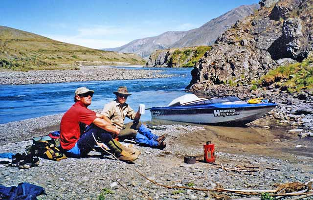 Adrian Moody (left) and the author take a break for a brew, above the Waimakariri Gorge. Jet Boat.