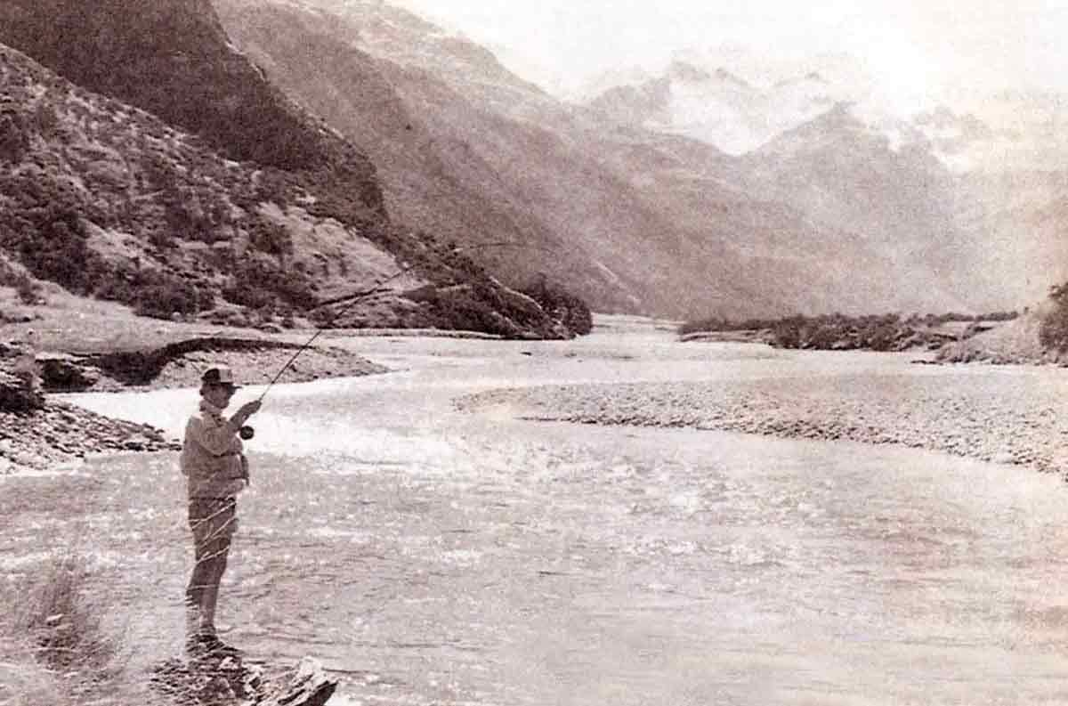 The Rees River has many attributes of a wilderness fishery, low fishing pressure and large trout amidst breathtaking scenery.